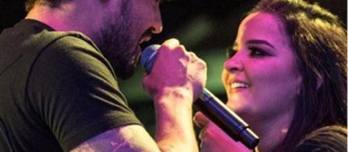 A cantora recebeu uma homenagem da filha do parceiro. (Arquivo Blasting News)