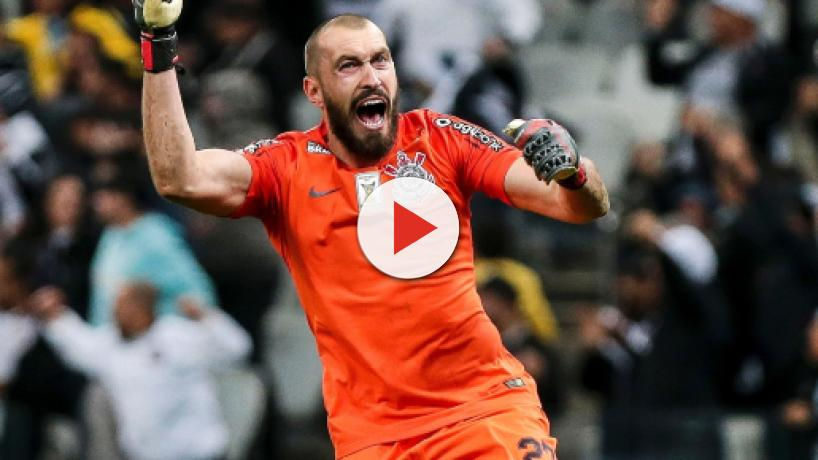 Fluminense aguarda resposta do Corinthians para apresentar proposta por Walter