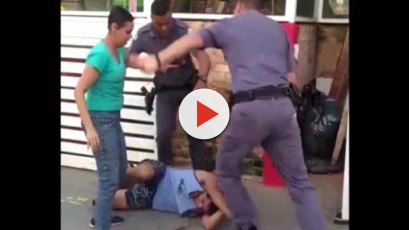 Policiais agridem casal de carroceiros na Zona Oeste de SP