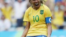 7 memes sobre o batom roxo da Marta no jogo da Copa do Mundo que viralizaram
