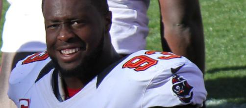 Gerald McCoy is still a massive target for the Cleveland Browns. [Image via Jeffrey Beall/Wikimedia Commons]