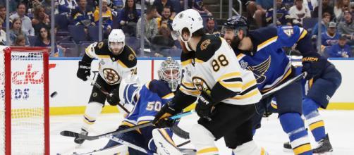 Pastrnak anotó un golazo en la victoria de 7-2 de los Bruins. NHL.com.