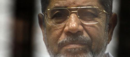 L'ancien président égyptien Morsi s'effondre au tribunal et meurt - parismatch.com