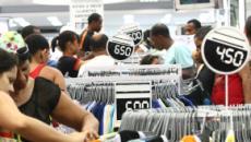 Nova portaria libera o trabalho aos domingos e feriados em setores comerciais e turismo