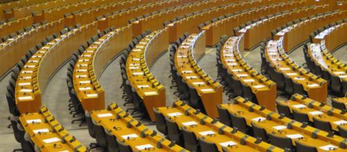 L'aula del Parlamento Europeo a Bruxelles. Flickr.com