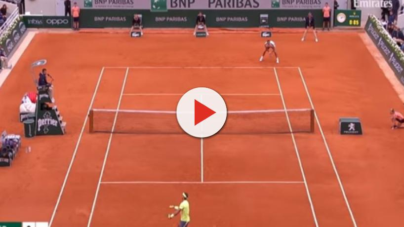 Federer vs Nadal: The greatest tennis rivalry, Nadal beats him at Roland Garros