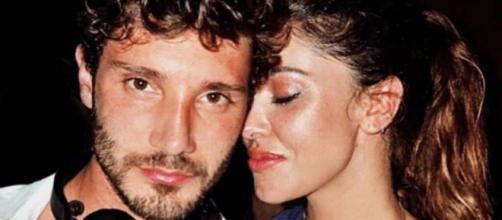 Stefano De Martino criticato come dj, Belen Rodriguez interviene: 'Lui sa fare tutto'.