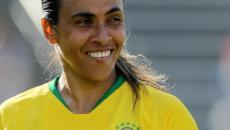 Vadão não garante Marta durante os 90 minutos contra a França