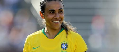 Marta pode não atuar os 90 minutos. (Arquivo Blasting News)