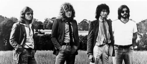 Robert Plant ripped up $800M Led Zeppelin reunion contract   Page Six - pagesix.com