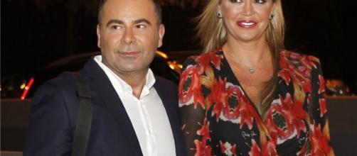 Andrea Janeiro y la indirecta hacia su padre en la boda de Belén Esteban