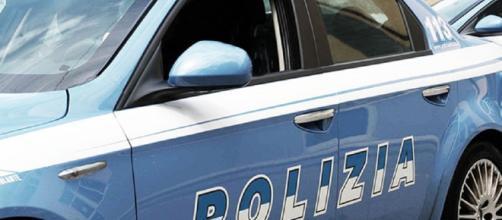 La polizia di Cagliari arresta tre extracomunitari accusati di violenze e rapina.