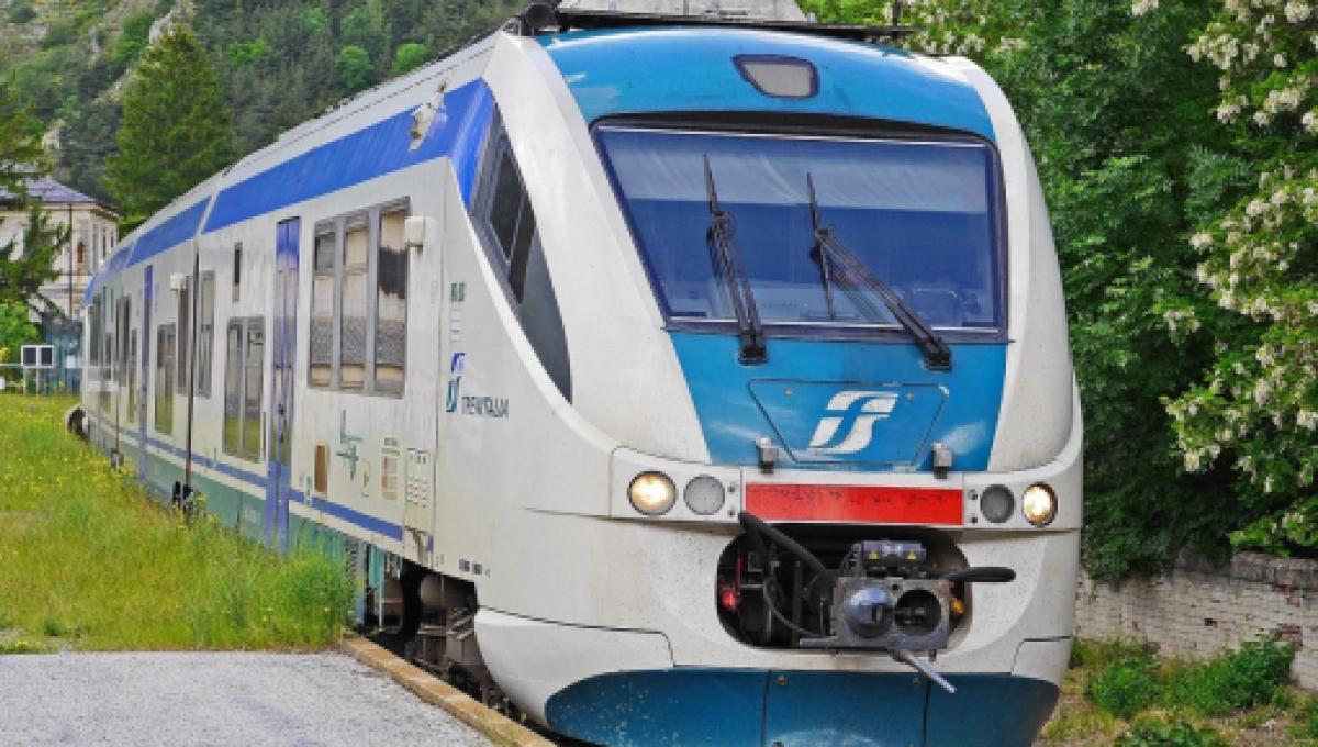 Calendario Scioperi Treni 2021 Calendario scioperi di luglio: treni fermi per 24 ore il 2 e il 6