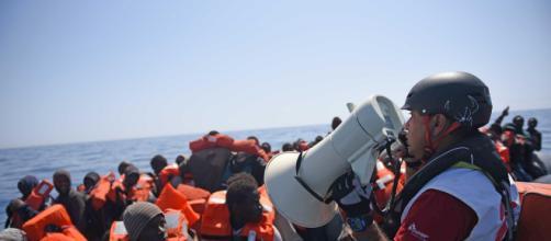 Giorgia Linardi (MSF): Così i libici aprono il fuoco in mare (25 ... - vita.it