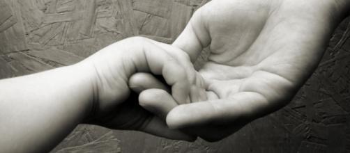 Pai é condenado por abandono afetivo. (Arquivo Blasting News)