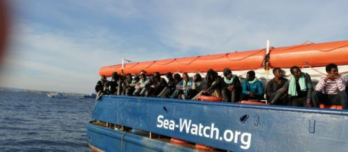 Sea Watch, il capitano: entro in porto a Lampedusa
