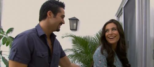 Ana Paula fica grávida de Gustavo em 'A Que Não Podia Amar'. (Reprodução/SBT)