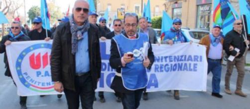 Armando Algozzino durante una manifestazione