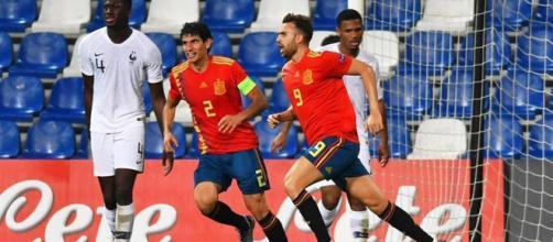 España golea a Francia con un holgado 4-1