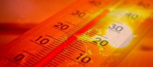 La colonnina del termometro raggiunge i 40 gradi in diverse località italiane