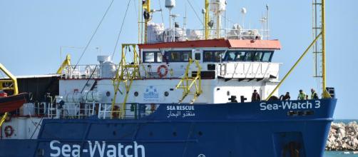 La Sea-Watch 3, la nave con a bordo 42 profughi