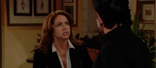 José Miguel e Valentina brigam em 'A Dona'. (Reprodução/Televisa)