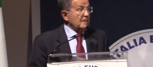 Romano Prodi torna ad esprimersi sui rapporti tra Italia ed in Europa.