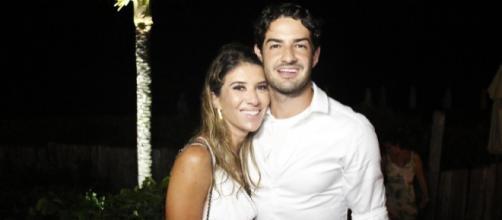 Rebeca Abravanel e Alexandre Pato estão casados. (Arquivo Blasting News)
