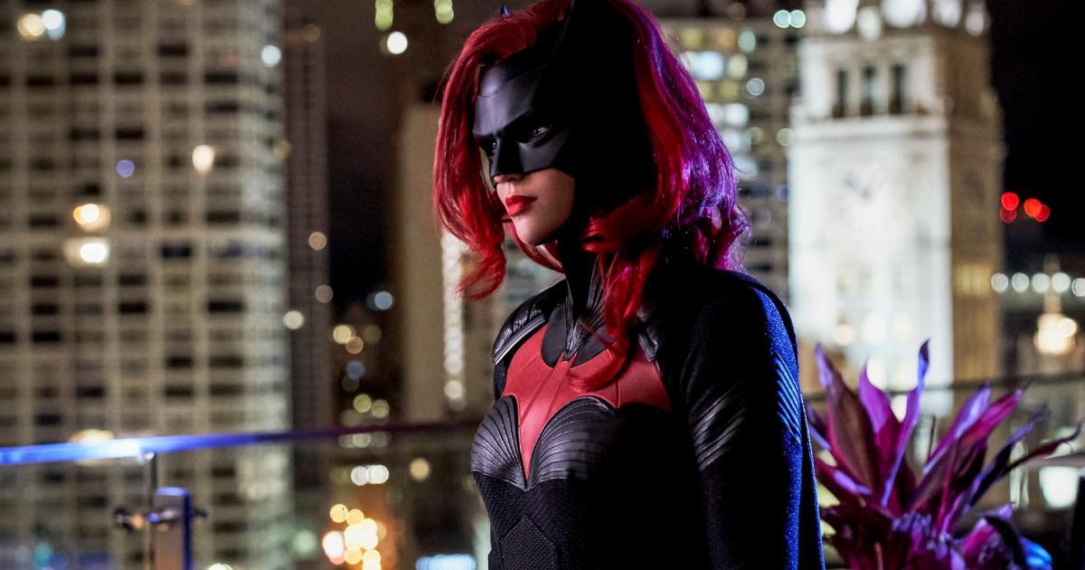 Batwoman : Nouvelle super-héroïne lesbienne pour la CW