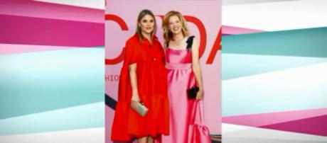 'Today's' Jenna Bush Hager and her fashion designer friend LeLa Rose went for comfortable fun at the CFDA Awards. [Image source: TODAY-YouTube]