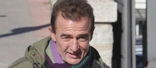 Alessandro Lequio critica a Colate y defiende a Isabel Pantoja
