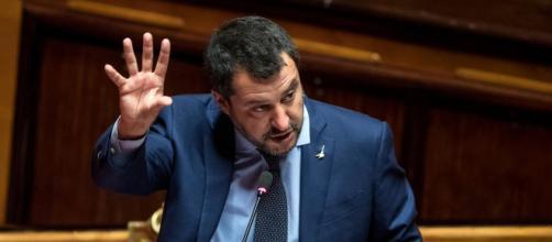Scontro sui migranti tra Matteo Salvini e alcuni giudici