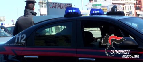 Violenza fisica nei confronti della convivente, arrestato compagno aggressivo a Reggio Calabria