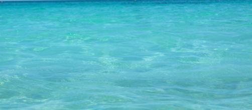 Lecce, turista spagnola denuncia molestie in spiaggia a Torre Lapillo: si indaga