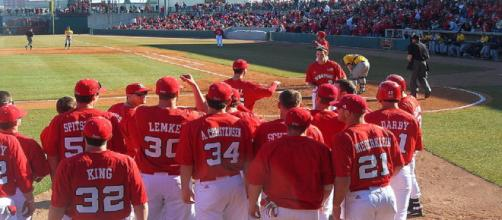 Nebraska baseball commits remain committed. [Image via Thundrplaya/Wikimedia Commons]