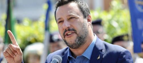 Pensioni, Salvini: 'Tornare alla vecchia legge Fornero? Neanche morto'
