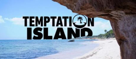 Temptation Island, la prima puntata sarebbe slittata: il 17 giugno in onda un film.
