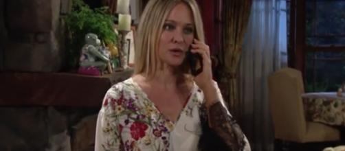 Chloe returns to Genoa City. [Image Source: YR Official/YouTube]