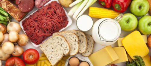 Carbohidratos, proteínas y grasas conforman las dietas saludables. - huffpost.com