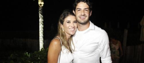 Rebeca Abravanel se casa com Alexandre Pato na casa do pai (Arquivo Blasting News)