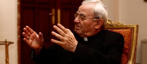 Renzo Fratini considera que habría que dejar en paz a Franco