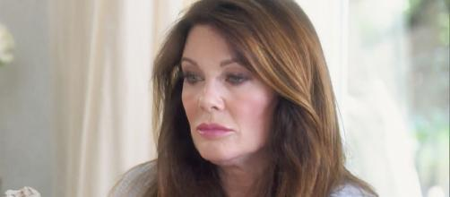 Lisa Vanderpump appears on an episode of 'RHOBH.' [Photo via Bravo TV/YouTube]