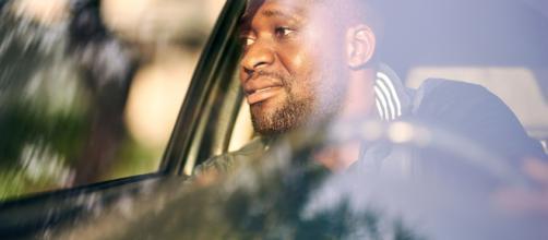 Tassista di Uber canta 'La donna è mobile' in auto e diventa una celebrità - goodthingsguy.com