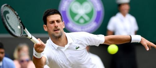 Primer nombre en las semifinales de Wimbledon: Djokovic