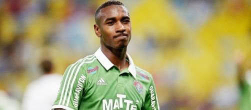O jogador Gerson tem passagens pelo Fluminense, Roma e Fiorentina. (Arquivo Blasting News)