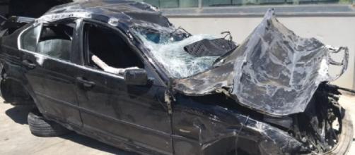 Selfie killer: i resti dell'auto dopo lo schianto fatale in autostrada all'altezza di Alcamo