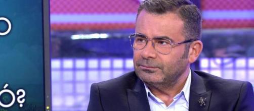 Jorge Javier Vázquez, en el plató de 'Sábado Deluxe'. / Telecinco