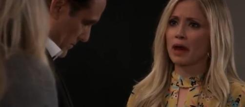 Lulu unloads her burdens on Sonny. [Image Source:JSMS99.-YouTube]
