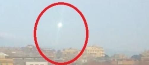 Mistero a Roma, strano oggetto volante a due passi dalla Tangenziale Est