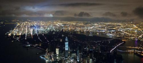 Manhattan, New york city è rimasta al buio per tre ore